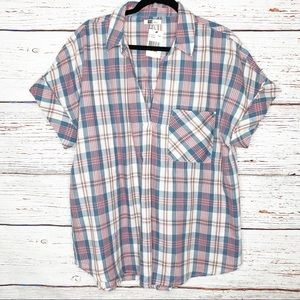 Kut from the Kloth plaid pullover split back top